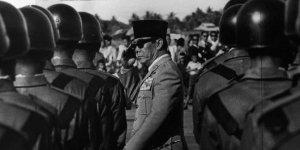 soekarno-pernah-nasionalisasi-pabrik-coca-cola-di-jakarta